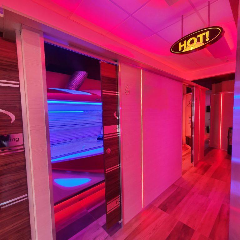 03 HOT! Tanning Salon Cardonald Glasgow.jpg